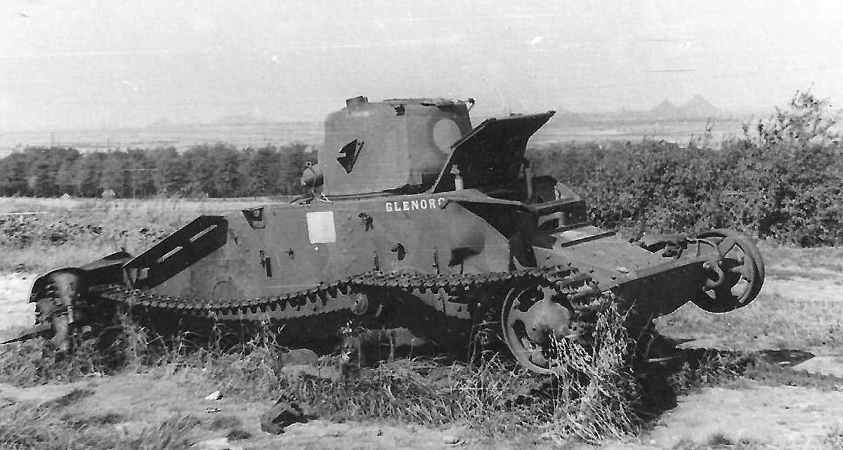 Подбитый танк Матильда 1